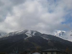 八方尾根スキー場オープン予定